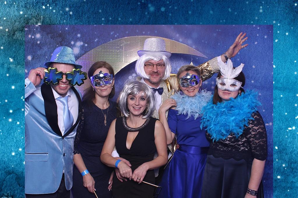 team blue party 3